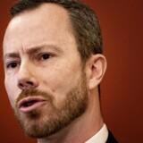 »Hvad er det, folk er rasende over,« spørger V-formand Jakob Ellemann-Jensen efter en shitstorm mod flyselskabet SAS.