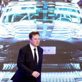 Elon Musk har store drømme, men det koster store summer at gøre dem til virkelighed. For to uger siden lød det fra Tesla-topchefen, at det »ikke gav mening at rejse penge«. Det gjorde det så alligevel.