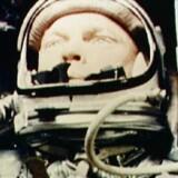 Astronaut John Glenn i rumskibet »Friendship 7« på vej rundt om Jorden i 1962.