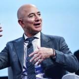 Jeff Bezos har investeret heftigt i sit eget kommercielle rumprogram gennem virksomheden Blue Origin.