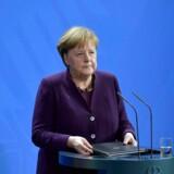 »Racisme er gift. Had er gift. Men hadet eksisterer i vores samfund og er allerede ansvarlig for alt for mange forbydelser,« sagde Tysklands forbundskansler, Angela Merkel, torsdag eftermiddag.