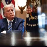 For at dæmme op for spredningen af coronavirus i USA indfører præsident Donald Trump indrejseforbud i 30 dage fra de fleste europæiske lande, heriblandt Danmark.