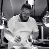 Eric Vildgaard er køkkenchef på Jordnær, som han driver sammen med sin kone Tina Vildgaard.