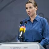 Statsminister Mette Frederiksen (S) holder mandag endnu et pressemøde om coronasituationen.