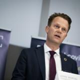 Udenrigsminister Jeppe Kofod (S) fortæller på et pressemøde, at det kommer til at koste penge for strandede danskere at komme med et særfly hjem fra udlandet. Ida Marie Odgaard/Ritzau Scanpix