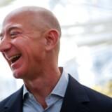 Amazon-topchef og -stifter Jeff Bezos solgte en stor aktiepost i sit selskab, inden kurserne begyndte at dykke.