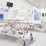 Rigshospitalets nye afdeling, Nordfløjen, skal huse hospitalets patienter, der er smittet med covid-19. Her er der knap 200 enestuer, og det giver mulighed for, at de danskere, der er smittet med covid-19, kan isoleres og dermed undgå at smitte andre patienter.