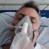 Brian Trolle er indlagt på anden uge på Bispebjerg Hospital med covid-19. Han har været syg siden 9. marts – og har stadig brug for iltmaske. Han er i god form, men lider af astma, som formentlig er en stor faktor i forklaringen på, hvorfor coronavirussen har ramt ham så hårdt.