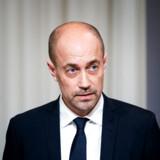 Sundheds- og ældreminister Magnus Heunicke (S) får nu kritik fra Dansk Folkeparti på baggrund af en artikel i Ekstra Bladet.