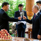 Russian President Vladimir Putin (L) and Chinese President Xi Jinping (R) toast before the fifth regular foreign ministers' meeting of the Conference on Interaction and Confidence Building Measures in Asia (CICA) at the Diaoyutai State Guesthouse in Dushanbe on June 15, 2019. Alexei Druzhinin / Sputnik / AFP