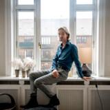 »Folketinget har med den vanlige, hurtige og fleksible danske stil vedtaget yderst tiltrængte hjælpepakker. Grundet de hastige beslutninger er hjælpepakkerne ikke specialiseret til de enkelte brancher, og man har ikke blevet prioriteret dem, der styrtbløder,« skriver Jens Østergaard.