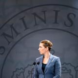 27. februar indkaldte statsminister Mette Frederiksen (S) til møde i regeringens sikkerhedsudvalg efter det første konstaterede smittetilfælde af coronavirus i Danmark. Møder i Sikkerhedsudvalget er fortrolige, men alligevel er der sluppet oplysninger ud.