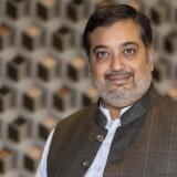 Arif Beg har valgt at rykke rødderne op og flytte fra hjemstavnen Smørum til Islamabad. Hans formelle arbejde er at drive IT-virksomheden Ciklums pakistanske udviklingsafdeling, men hans private mål er meget større.