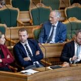 »Aldrig har det været sværere at være opposition. Vi bliver hånet, hvis vi brokker os, og vi bliver udskammet, hvis vi bryder enigheden,« skriver Bertel Haarder.