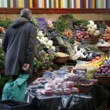 »Når man taler om holdbarhed, er der forskel på fødevaresikkerhed og fødevarekvalitet,« siger Jens Kirk Andersen, der er mikrobiolog og seniorrådgiver ved DTU Fødevareinstituttet.