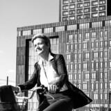 Det var i det berømte sorte tårn på Hotel Crowne Plaza på Amager, at Margrethe Vestager i 2011 var med til at danne regering med Helle Thorning-Schmidt. I samme tårn har Telia og Telenor haft deres fælles kontor på neutral grund i den nu kuldsejlede fusion, som samme Margrethe Vestager som EU-konkurrencekommissær spændte ben for. Arkivfoto: Søren Bidstrup