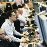 """De udenlandske investorers nettoudsalg af danske aktier svarer til en international tendens, """"som dog kun i begrænset omfang har påvirket aktiemarkederne kursmæssigt."""