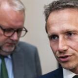 Finasminister Kristian Jensen (V) og Lars Christian Lilleholt ankommer til Afsluttende energiforhandlinger i Finansministeriet fredag den 29. juni 2018 (foto: Martin Sylvest/Scanpix Ritzau 2018)