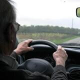 Regeringen vil fjerne det obligatoriske lægetjek af ældre med kørekort. (Arkivfoto) Free/Colourbox