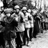 Tusinder af amerikanske soldater er taget til fange af tyskerne ved et modangreb i Ardennerne. Foto: Scanpix