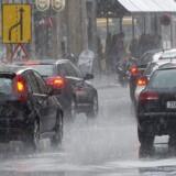 DMI forventer mellem 25 og 35 mm regn på 6 timer og desuden risiko for lokale skybrud med mere end 15 mm på 30 min