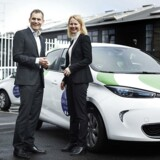 Inden udgange af 2018 vil GreenMobility i samarbejde med Norges Statsbaner sende 250 elektriske delebiler ud i Oslos gader. På billedet ses adm. direktør for GreenMobility, Torben Andersen, og koncernsdirektør for mobilitet og strategi hos Norges Statsbaner, Synne Homble.