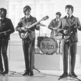 Paul, George, Ringo og Johan i rollerne som noget, der kommer tæt på dem selv. Foto: PR