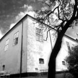 Ørslev Kloster inviterer gæster indenfor til fordybelse.