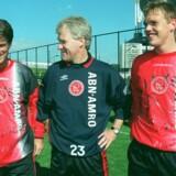 Morten Olsen trænede fra 1997-1998 Ajax Amsterdam. Torsdag møder Olsens eksklub de danske fodboldmestre i København. Scanpix/Erik Luntang