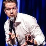 Komiker Thomas Warberg er aktuel med sit nye show »Thomas Warberg Comedy Tour 2016«.