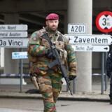 Belgiske militærtropper nær Bruxelles' lufthavn.