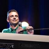 Simon Kvamm havde torsdag aften den 15. september premiere på sit nye soloshow Vandkraft på Skråen i Nordkraft i Aalborg. Her ses Simon Kvamm på scenen