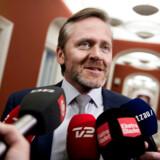 Anders Samuelsen(LA)) ankommer til forhandlinger i statsministeriet med Blå blok onsdag 24.02.2016 (Foto: Liselotte Sabroe/Scanpix 2016)