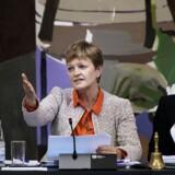 Eva Kjer Hansen forklarede sig i går på et samråd på Christiansborg. Nu melder Venstres bagland sig på banen med krav om et folketingsvalg.