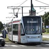 ARKIV Her ses letbanetoget på Randersvej torsdag d. 14. september. RB Den planlagte åbning af Aarhus Letbane kommer ikke til at ske lørdag efter styrelses afgørelse. (Foto: Henning Bagger/Scanpix 2017)