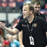 København-træner Claus Mogensen forventer, at forsvars- og kontraspillet vil afgøre topkampen mod FC Midtjylland. - Foto: Scanpix/Henning Bagger