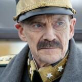Stillfoto fra filmen »Kongens Valg«. Her Jesper Christensen i rollen som Kong Haakon VII.