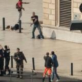 En mand, som forleden stak to kvinder ihjel i Marseille, havde været anholdt få dage før angrebet, siger anklager. Scanpix/Paul-louis Leger