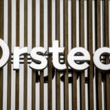 Energiselskabet Ørsteds aktie har lagt sig i bunden af det danske eliteindeks C25, efter at den fredag handles uden retten til udbytte for 2017 på 9 kr. per aktie.