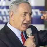 Israels premierminister, Benjamin Netanyahu, har brugt hemmelige oplysninger fra forhandlingerne mellem Iran og USA til at vinde Kongressens tillid.