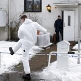 En 15-årig er sigtet for at have dræbt en 22-årig ansat på et asylcenter i Sverige.