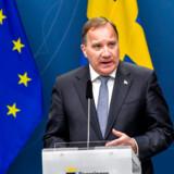 Den svenske statsminister Stefan Löfven (S) har under coronakrisen nydt stor folkelige opbakning. Nu begynder tilliden til hans regering dog at dale.