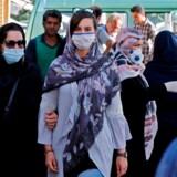 Aktiviteten i Iran er stort set tilbage til tiden før restriktionerne – det samme er smittespredningen.