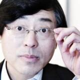 Lenovo topchef, Yang Yuanqing, inviterede Googles Eric Schmidt på middag og skabte dermed grundlaget for overtagelsen af mobilproducenten Motorola