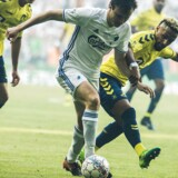 Den næste kamp mellem FCK og Brøndby er fastlagt til at blive spillet med kampstart klokken 12.