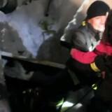 To mænd og to kvinder er natten til lørdag blevet reddet ud fra hotel i Italien, der er blevet begravet i sne. Reuters/Handout