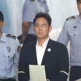 I februar sidste år blev Samsung-arving Lee Jae-yong tiltalt for flere kriminelle forhold og kendt skyldig.