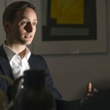 »For at kunne fortsætte de store investeringer er vi nødt til at drive en sund forretning, og derfor hæver vi prisen på vores billigste abonnement med 10 kr.,« siger Johan Brammer, mobilchef i TDC.