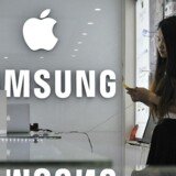 Konkurrencen mellem de to mobilgiganter, Samsung og Apple, er hård, også i Samsungs hjemland, hvor Apple nu tager markedsandele takket være sin seneste iPhone-telefon. Arkivfoto: Jianan Yu, Reuters/Scanpix