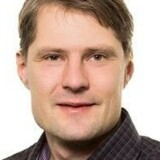 Professor ved Kora, Jakob Kjellberg, maner til ro, når der kommer til, at regionerne skal spare. Free/Kora